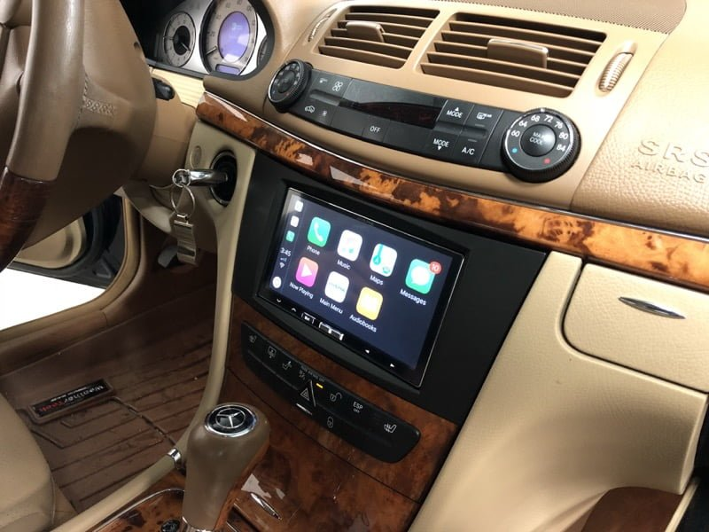 chester client adds 2008 mercedes e350 apple carplay. Black Bedroom Furniture Sets. Home Design Ideas